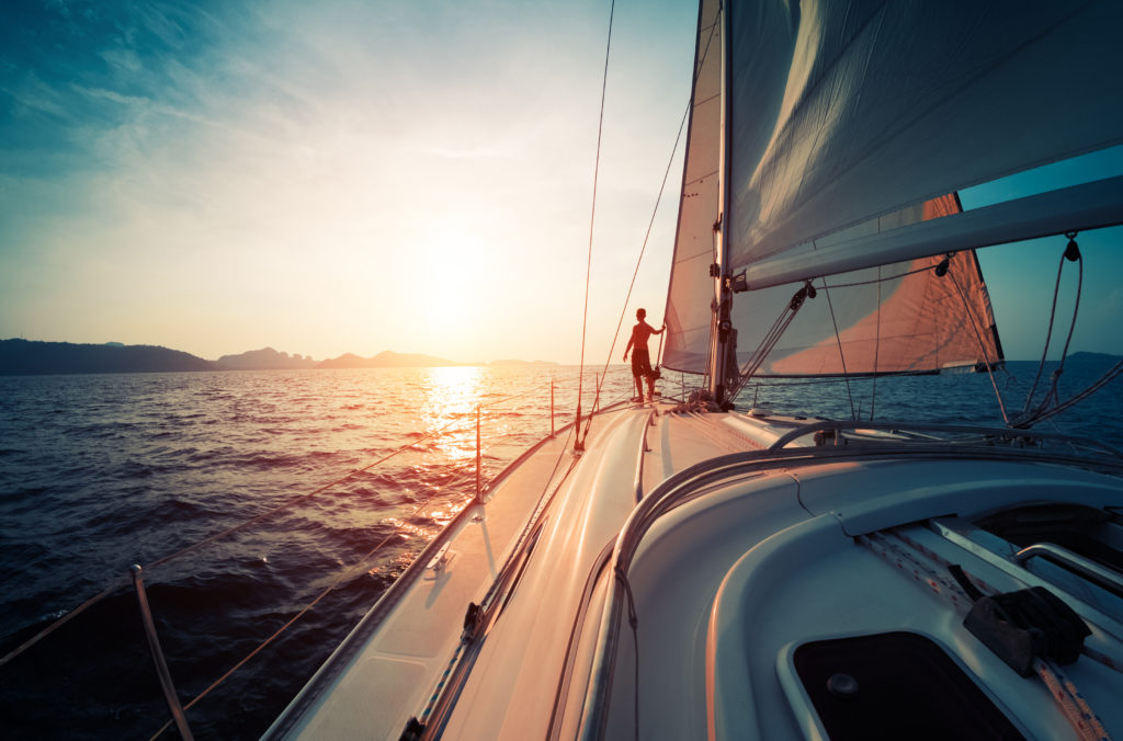 yacht break to illustrate sales incentives ideas | Element - The Prize & Incentive People